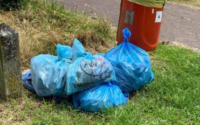 Hamble Park Litter pick